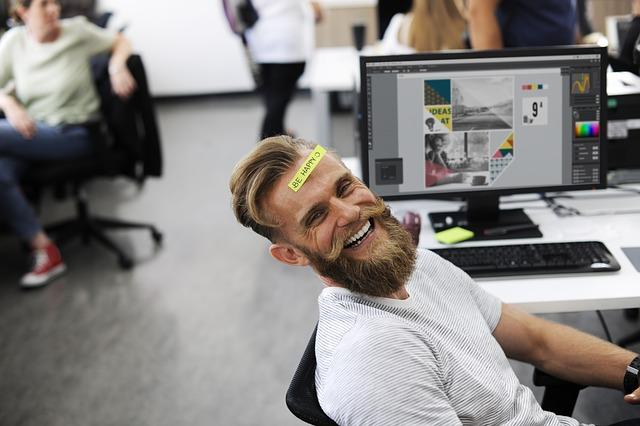 10 Tehnici Simple de eliminare a stresului și a anxietății la locul de muncă